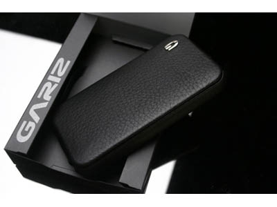 Пластиковый чехол для iPhone 4 – SGP Leather Case Gariz Edition Series